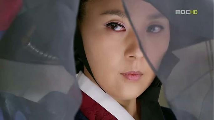 Nữ diễn viên gạo cội Hàn Quốc treo cổ tự tử trong khách sạn - Ảnh 3.