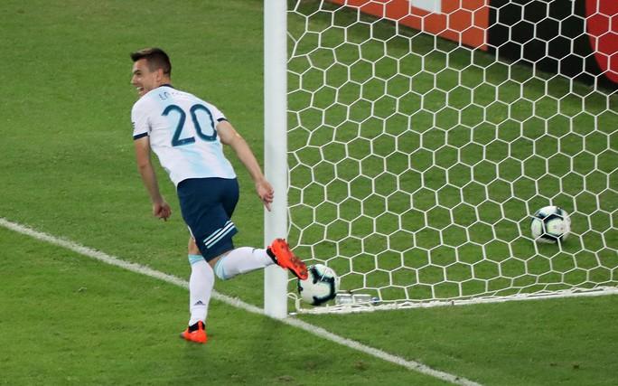 Đánh bại Venezuela, Argentina chờ siêu kinh điển Nam Mỹ ở bán kết - Ảnh 4.