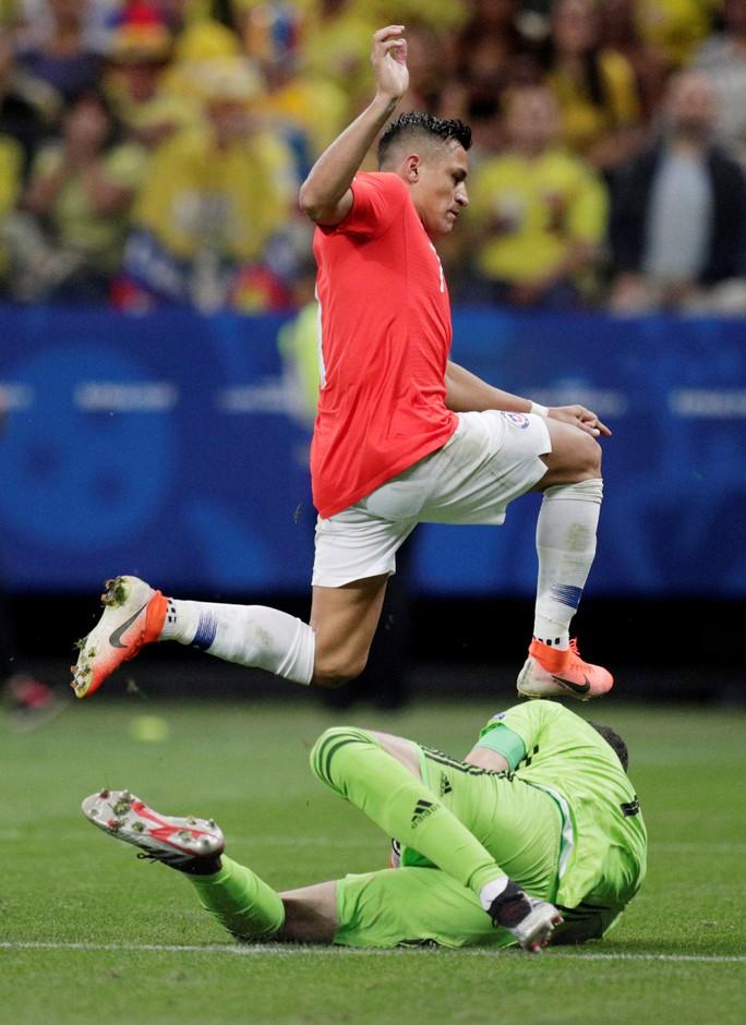 Clip: VAR hai lần giải cứu, Colombia vẫn gục ngã trước Chile - Ảnh 5.