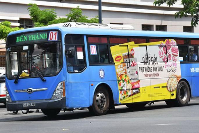Giãn điều kiện để hút quảng cáo cho xe buýt - Ảnh 1.