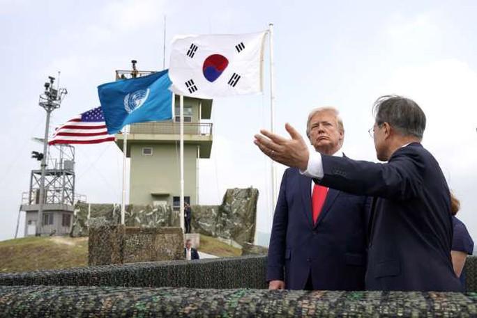 Toàn cảnh chuyến thăm của ông Trump tới DMZ - Ảnh 14.