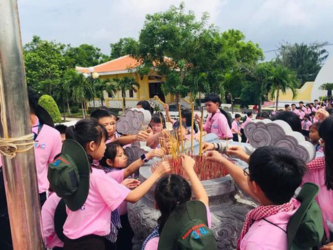 300 con công nhân tham gia Học kỳ hồng - Ảnh 1.