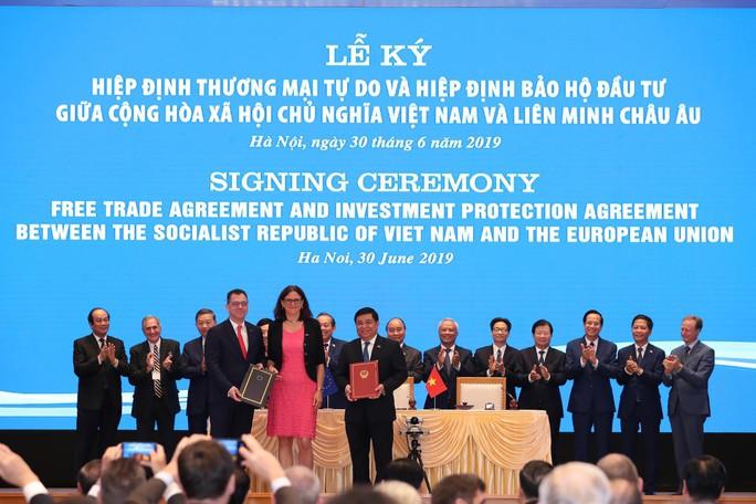 Hai hiệp định EVFTA và EVIPA: Tuyến cao tốc nối EU và Việt Nam - Ảnh 1.