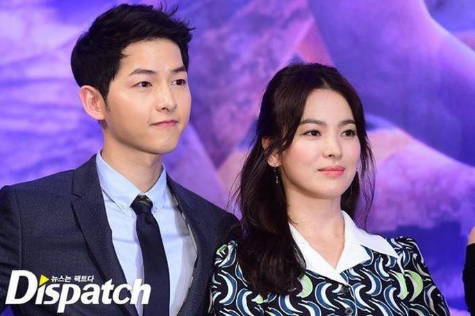 Vụ sao Hậu duệ mặt trời ly hôn: Song Joong Ki bác tin Song Hye Kyo ngoại tình - Ảnh 1.