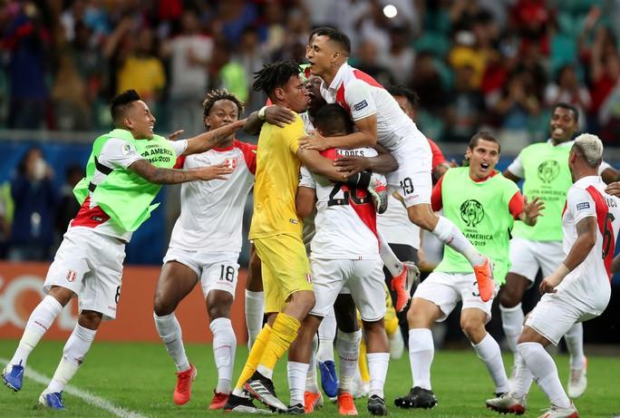 Không sút cú nào vẫn vào bán kết, Peru gây náo loạn Copa America - Ảnh 7.