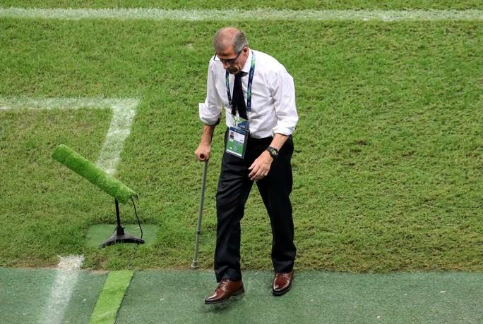 Suarez đá hỏng 11 m, Uruguay thua sốc Peru ở Copa America - Ảnh 9.