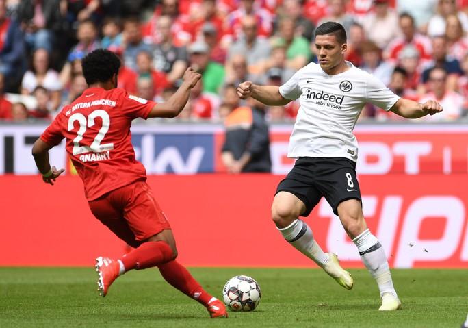 Real Madrid vung 62 triệu bảng để mang về Luka Jovic - Ảnh 1.