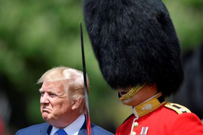 Ông Trump tiết lộ Nga âm thầm rút quân khỏi Venezuela - Ảnh 1.