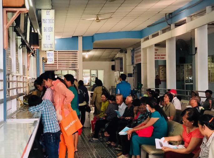 Nam bệnh nhân điều trị tại Bệnh viện Chợ Rẫy được quỹ BHYT chi trả 12,9 tỉ đồng - Ảnh 2.