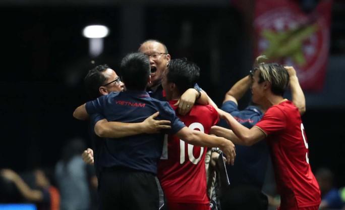 HLV Park Hang-seo nói gì sau khi đánh bại Thái Lan ở những phút cuối? - Ảnh 1.