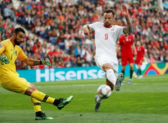Người hùng Ronaldo đưa Bồ Đào Nha vào chung kết Nations League - Ảnh 6.