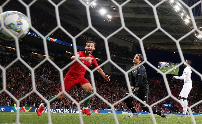 Người hùng Ronaldo đưa Bồ Đào Nha vào chung kết Nations League - Ảnh 7.