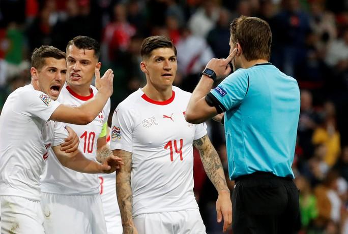 Người hùng Ronaldo đưa Bồ Đào Nha vào chung kết Nations League - Ảnh 2.