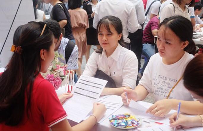 Đà Nẵng: Hơn 80 doanh nghiệp tham gia ngày hội việc làm - Ảnh 1.
