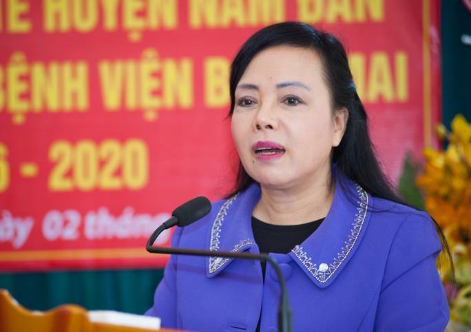 Bộ trưởng Nguyễn Thị Kim Tiến: Đến bệnh viện nào tôi cũng kiểm tra nhà vệ sinh - Ảnh 1.