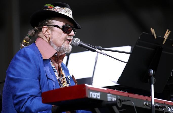 Nghệ sĩ 6 lần đoạt giải Grammy đột tử vì đau tim - Ảnh 2.