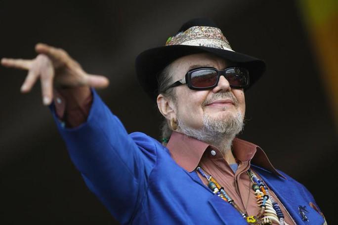 Nghệ sĩ 6 lần đoạt giải Grammy đột tử vì đau tim - Ảnh 1.