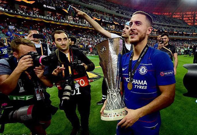 Real Madrid dốc túi 150 triệu bảng, chiêu mộ thành công Eden Hazard - Ảnh 2.