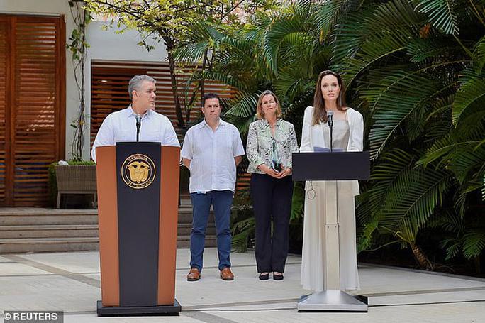 Angelina Jolie kêu gọi hỗ trợ trẻ em Venezuela - Ảnh 2.