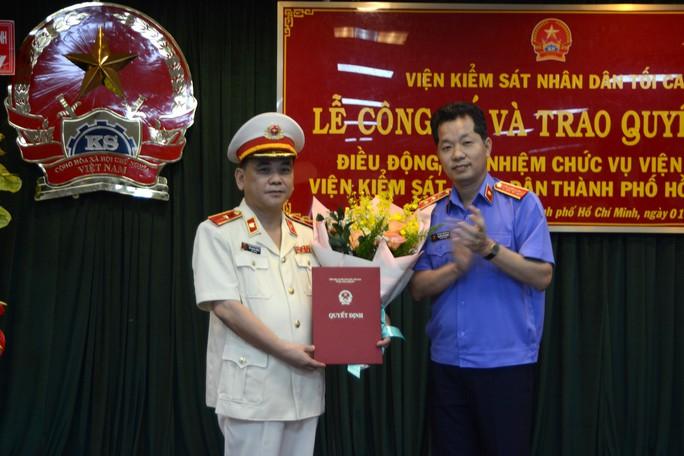 Ông Đỗ Mạnh Bổng giữ chức Viện trưởng VKSND TP HCM - Ảnh 1.