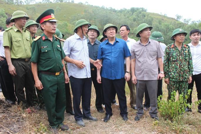 Phó Thủ tướng lý giải vì sao chưa dùng trực thăng chữa cháy rừng? - Ảnh 2.