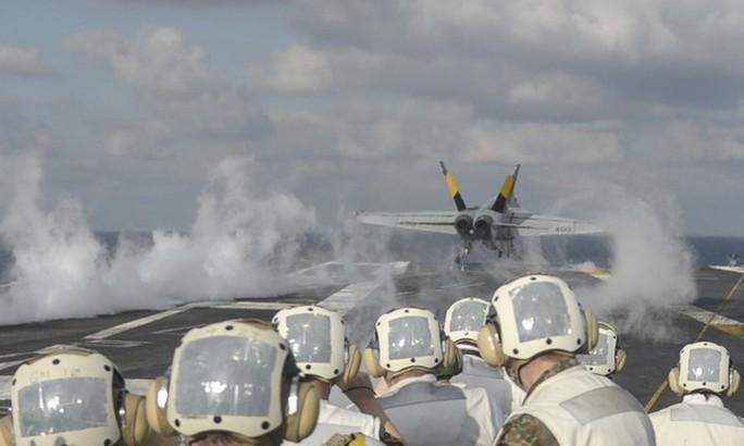 Quân đội Mỹ bị tố là chuyên gia gây ô nhiễm môi trường - Ảnh 1.