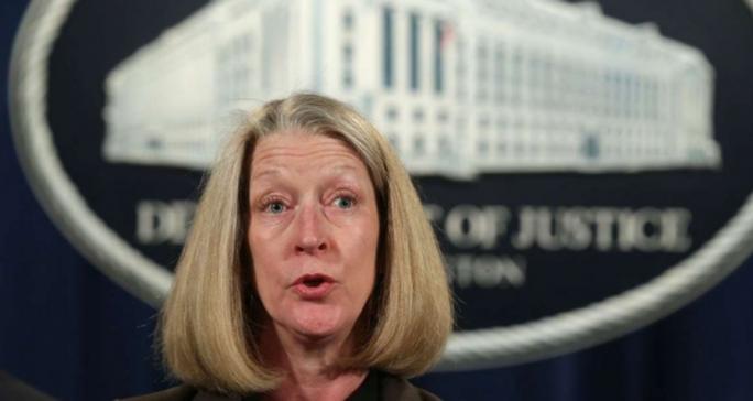 Nhà ngoại giao Mỹ xộ khám vì bán tài liệu cho tình báo Trung Quốc - Ảnh 1.
