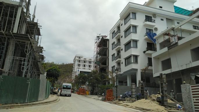 Vụ hàng loạt biệt thự Ocean View Nha Trang xây trái phép: Xử lý bằng được thì thôi - Ảnh 1.