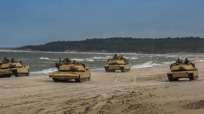 """Mỹ nêu lí do bán vũ khí cho Đài Loan, """"trấn an"""" Trung Quốc - Ảnh 1."""