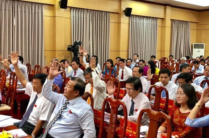 Quảng Ngãi thống nhất thu phí du khách đến Lý Sơn - Ảnh 1.