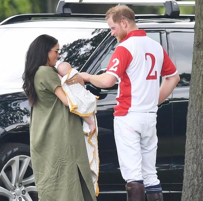 Hình ảnh đi chơi chung hiếm hoi của hai gia đình Hoàng tử Anh - Ảnh 3.