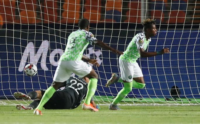Sao Ngoại hạng Anh tỏa sáng, Senegal và Nigeria vào bán kết CAN 2019 - Ảnh 7.