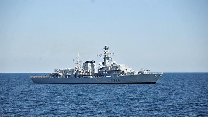 Iran lên tiếng vụ định bắt tàu chở dầu Anh - Ảnh 1.