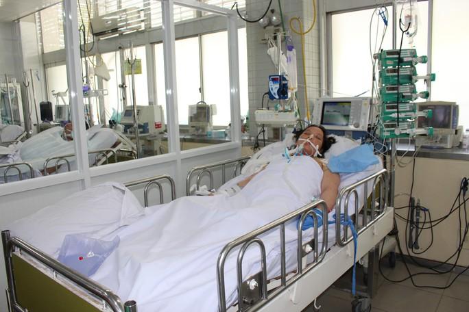 Hai bệnh viện hợp sức và chạy đua để kịp cứu cả mẹ lẫn con - Ảnh 1.