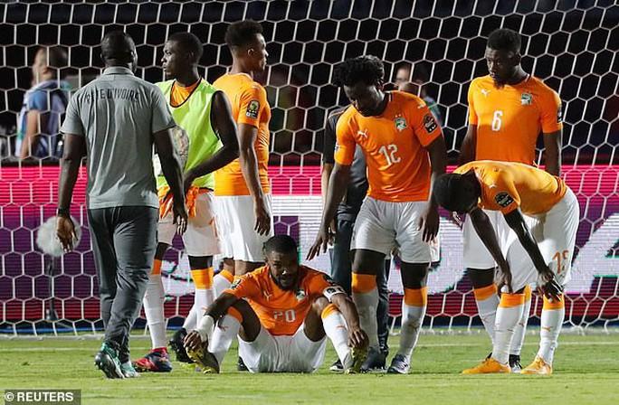 Đoạn kết buồn của chú lùn Madagascar ở CAN 2019 - Ảnh 10.