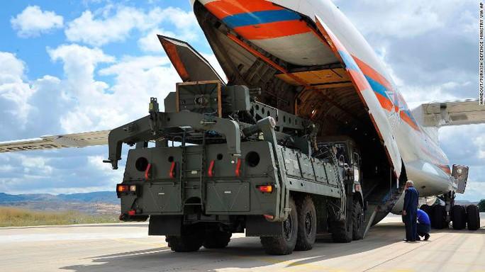 Mỹ và NATO phản ứng phi vụ Nga bàn giao S-400 cho Thổ Nhĩ Kỳ - Ảnh 2.