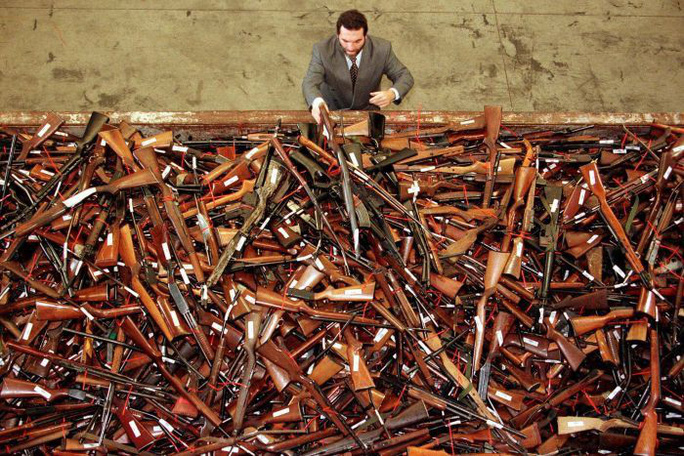 New Zealand: Người dân đổ xô đổi súng nhận tiền mặt sau thảm sát - Ảnh 3.