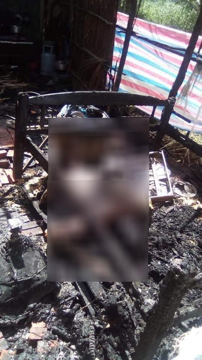 Đánh nhau trong đêm, vợ 39 tuổi lấy xăng đốt chết chồng 51 tuổi - Ảnh 1.