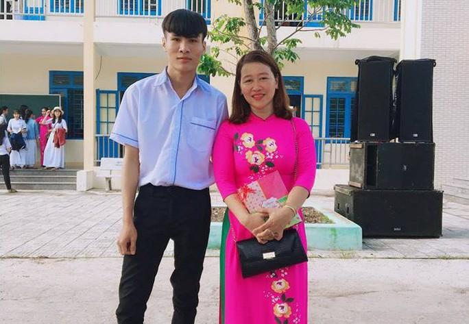 Kỳ thi THPT 2019: Chàng trai đạt điểm 10 duy nhất ở Quảng Nam - Ảnh 1.