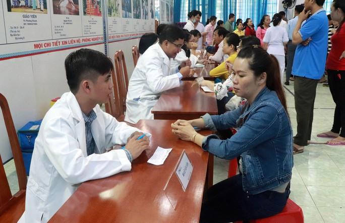 Chăm sóc sức khỏe CNVC-LĐ - Ảnh 1.