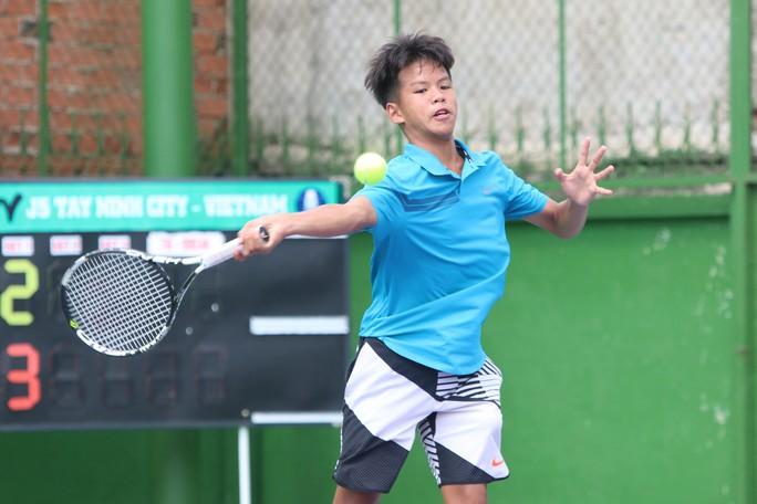 Tài năng trẻ Việt Nam tỏa sáng ngày khai mạc ITF World Tennis Tour Juniors 2019 - Ảnh 4.