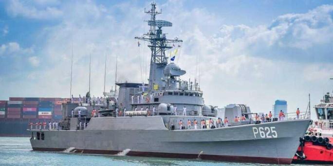 Trung Quốc tặng khu trục hạm cho Sri Lanka - Ảnh 1.
