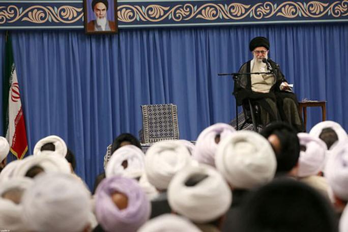 Ông Trump quyết mạnh tay với Iran - Ảnh 1.