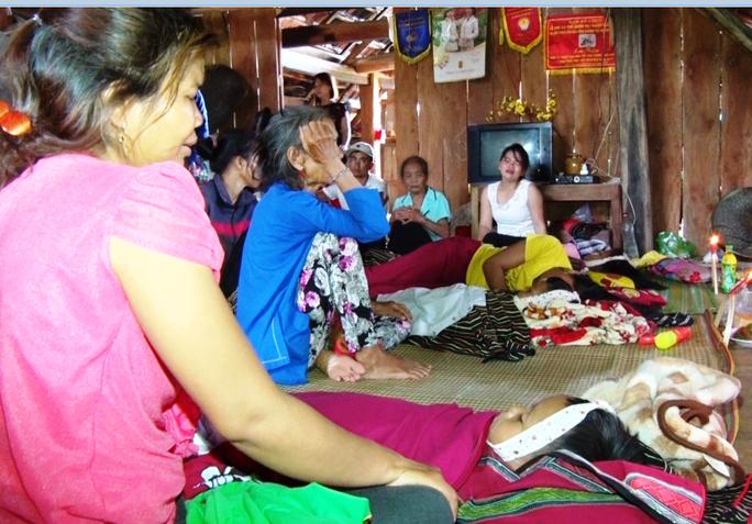 Khánh Hòa: 4 em nhỏ chết đuối thương tâm tại ao nước trước nhà - Ảnh 1.