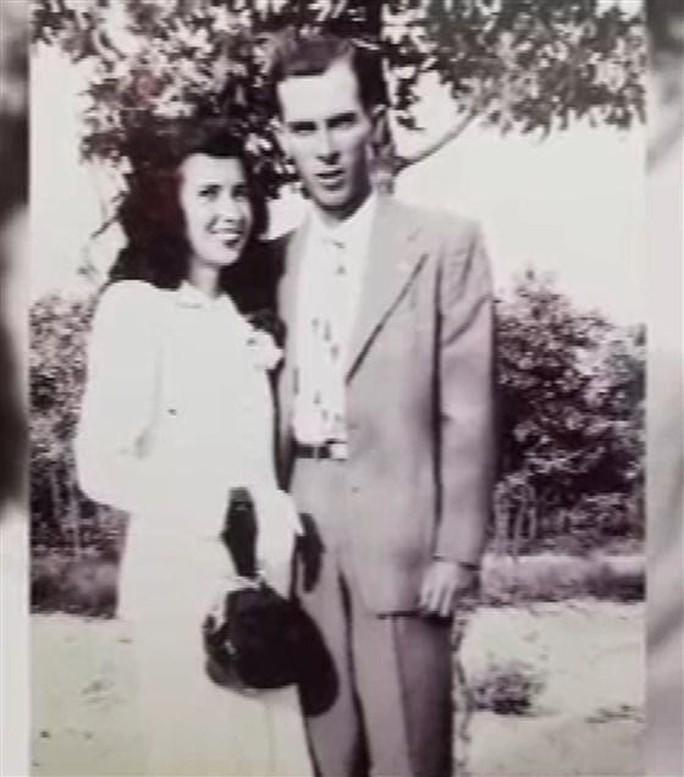 Chuyện tình đẹp lạ lùng: Sống chung 71 năm, mất cùng ngày - Ảnh 2.