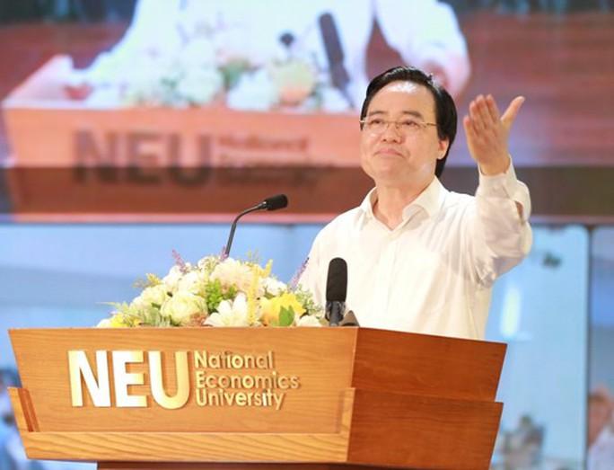 Bộ trưởng Phùng Xuân Nhạ chỉ đạo rút kinh nghiệm vì sao môn tiếng Anh, lịch sử điểm thấp - Ảnh 1.