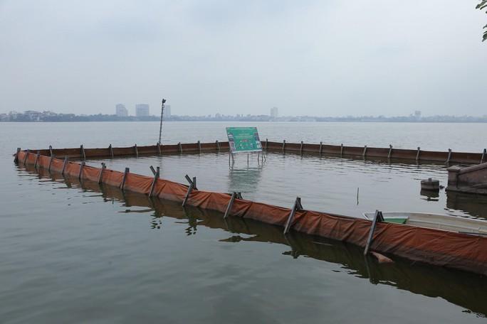 Nước hồ Tây đổi màu sau thí điểm công nghệ Nhật Bản - Ảnh 7.