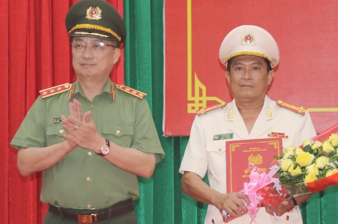 Bộ Công an điều động, bổ nhiệm Giám đốc Công an tỉnh Đồng Tháp, Vĩnh Long - Ảnh 1.
