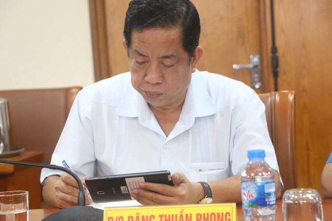 Tổng LĐLĐ Việt Nam tổ chức hội nghị không phát tài liệu bằng giấy - Ảnh 6.