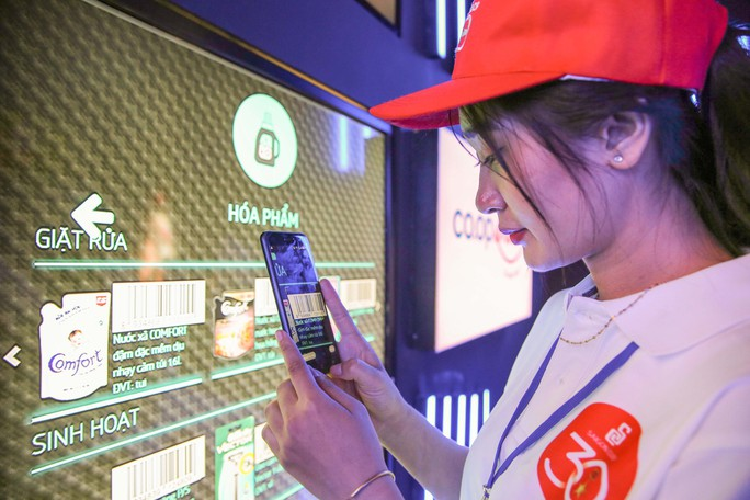 Khám phá bên trong siêu thị ảo đầu tiên tại Việt Nam - Ảnh 3.
